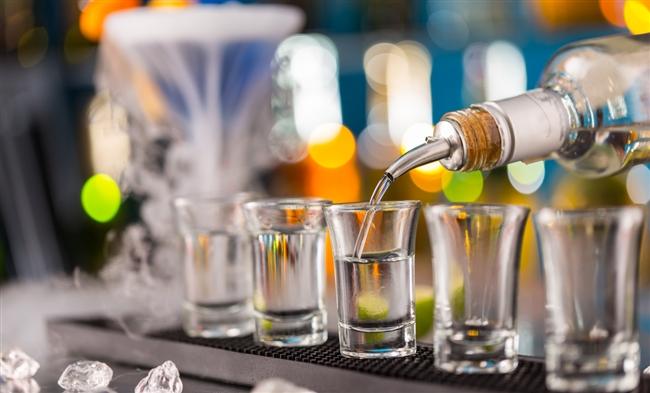 налей выпить