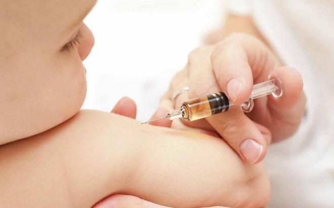 вакцина для младенца