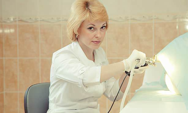 Врач женщина колопроктолог