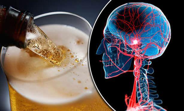 Связь между инсультом и употреблением алкоголя