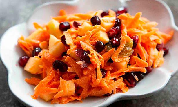 Салат морковно-смородинный