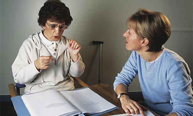 Нарушение речи после инсульта, работа с реабилитологом
